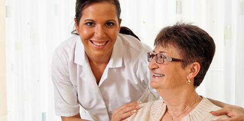 Chancen für Quereinsteiger in Pflege & Ernährung