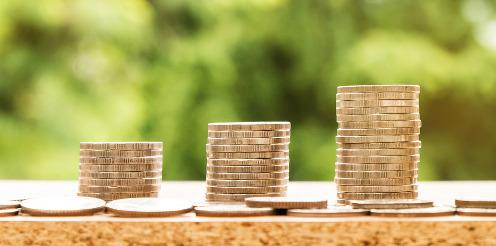 Private Krankenversicherung kündigt Beitragsanpassungen an - Wie reagieren Versicherte richtig?